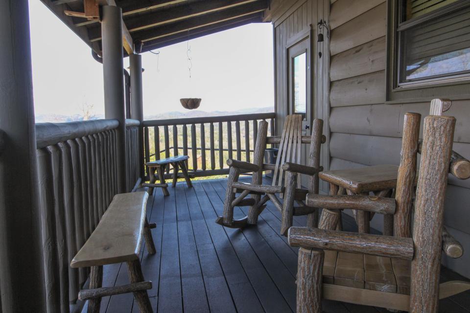 Hogwartz of the Smokies - Sevierville Vacation Rental - Photo 55