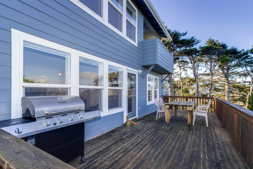 Oceanview Escape - Depoe Bay Vacation Rental - Photo 11
