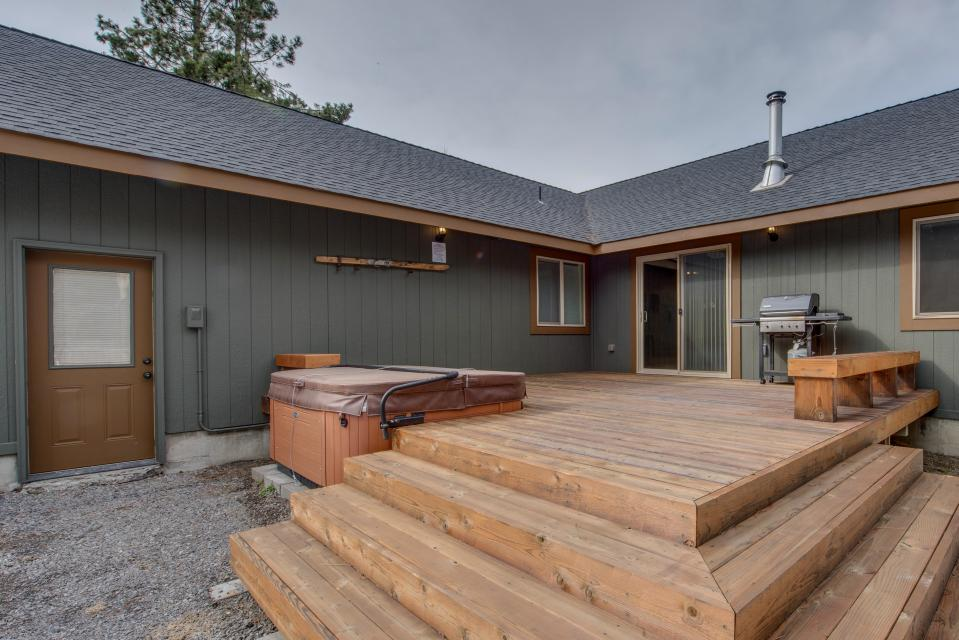 Three Rivers Lodge - Sunriver Vacation Rental - Photo 2