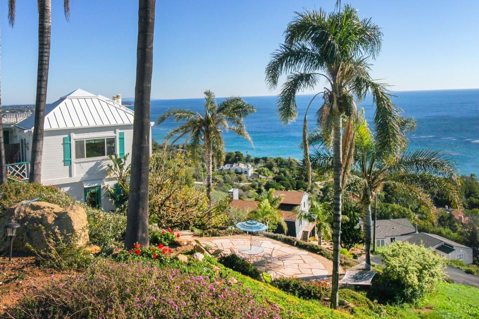 Ocean Sunsets Suite + Malibu Beachcomber Bungalow - Malibu Vacation Rental - Photo 52