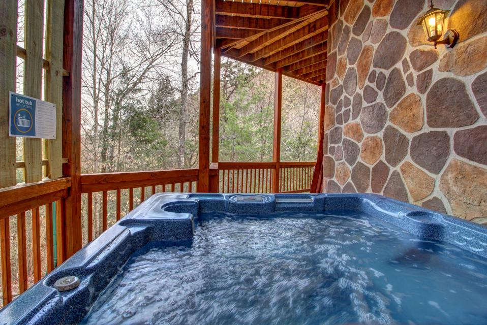 Mystic Falls Lodge - Sevierville Vacation Rental - Photo 27