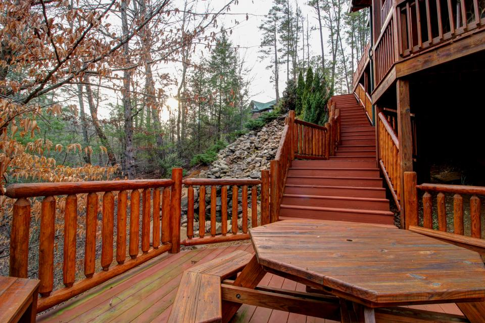 Mystic Falls Lodge - Sevierville Vacation Rental - Photo 31