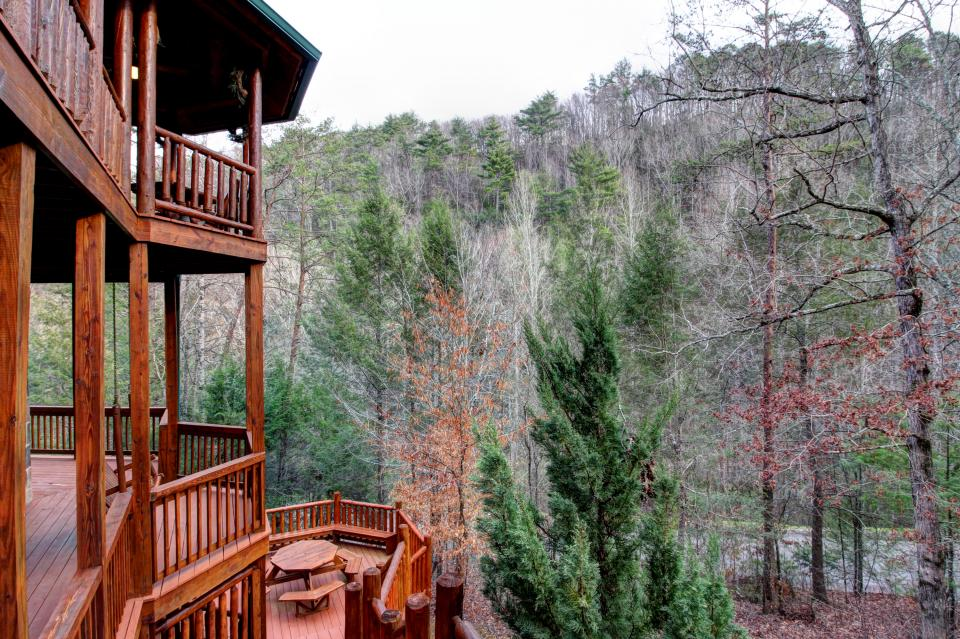 Mystic Falls Lodge - Sevierville Vacation Rental - Photo 59