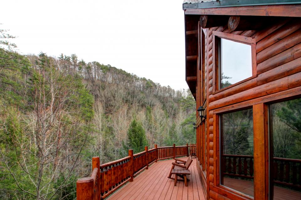 Mystic Falls Lodge - Sevierville Vacation Rental - Photo 60
