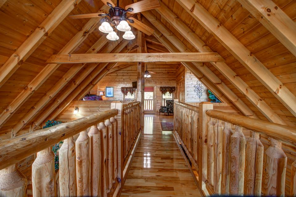 Touch of Elegance  - Sevierville Vacation Rental - Photo 6