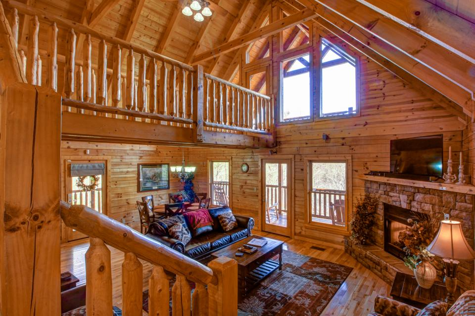 Touch of Elegance  - Sevierville Vacation Rental - Photo 4