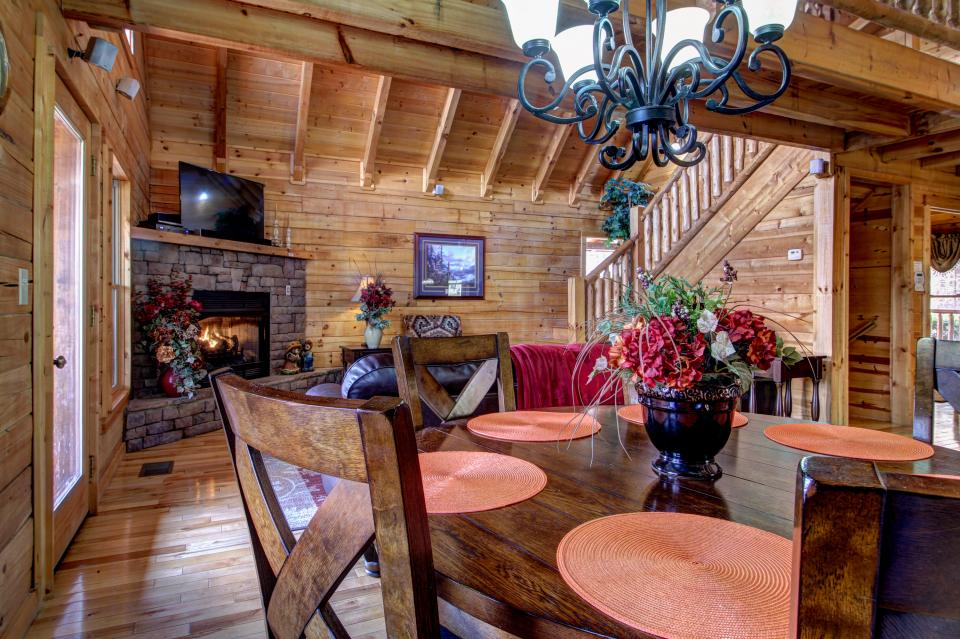 Touch of Elegance  - Sevierville Vacation Rental - Photo 7