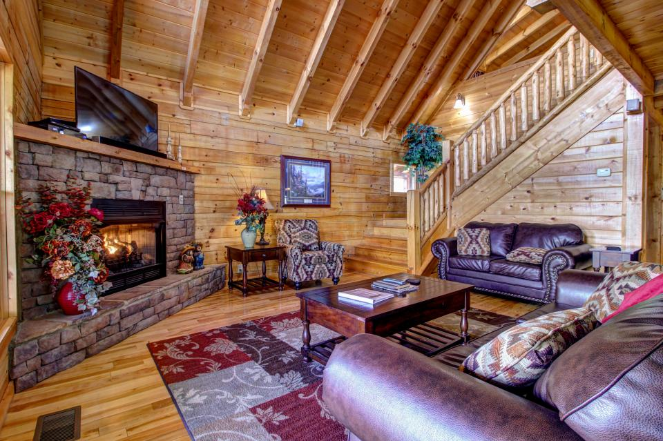 Touch of Elegance  - Sevierville Vacation Rental - Photo 8