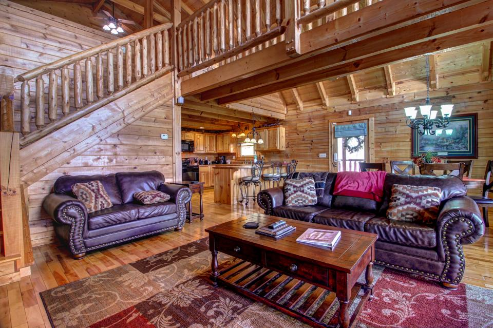 Touch of Elegance  - Sevierville Vacation Rental - Photo 9