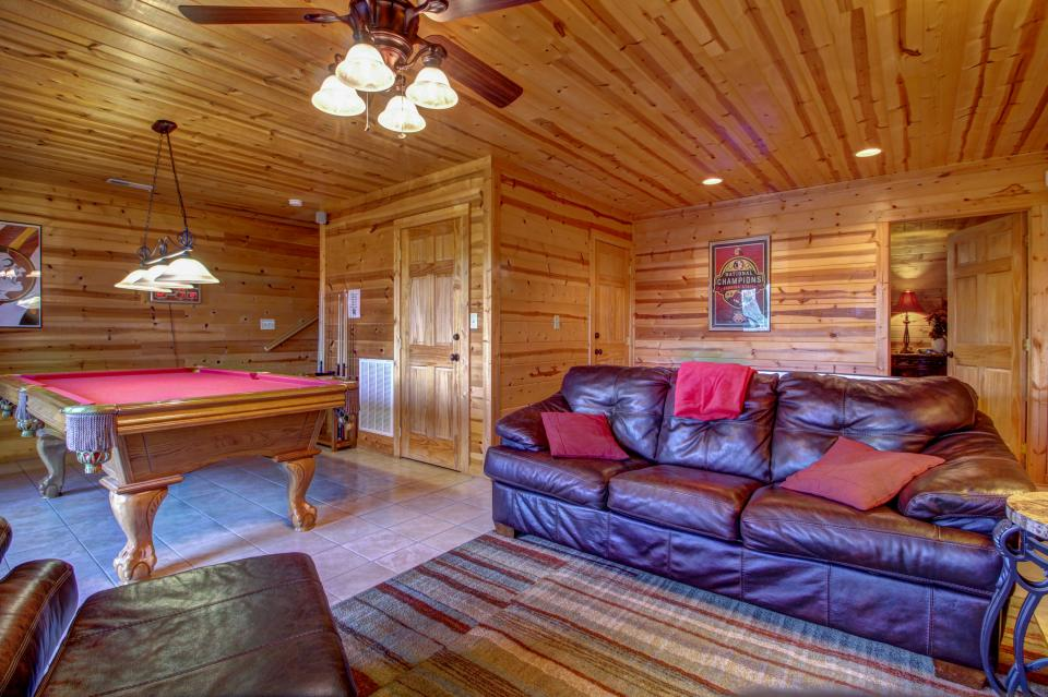 Touch of Elegance  - Sevierville Vacation Rental - Photo 17
