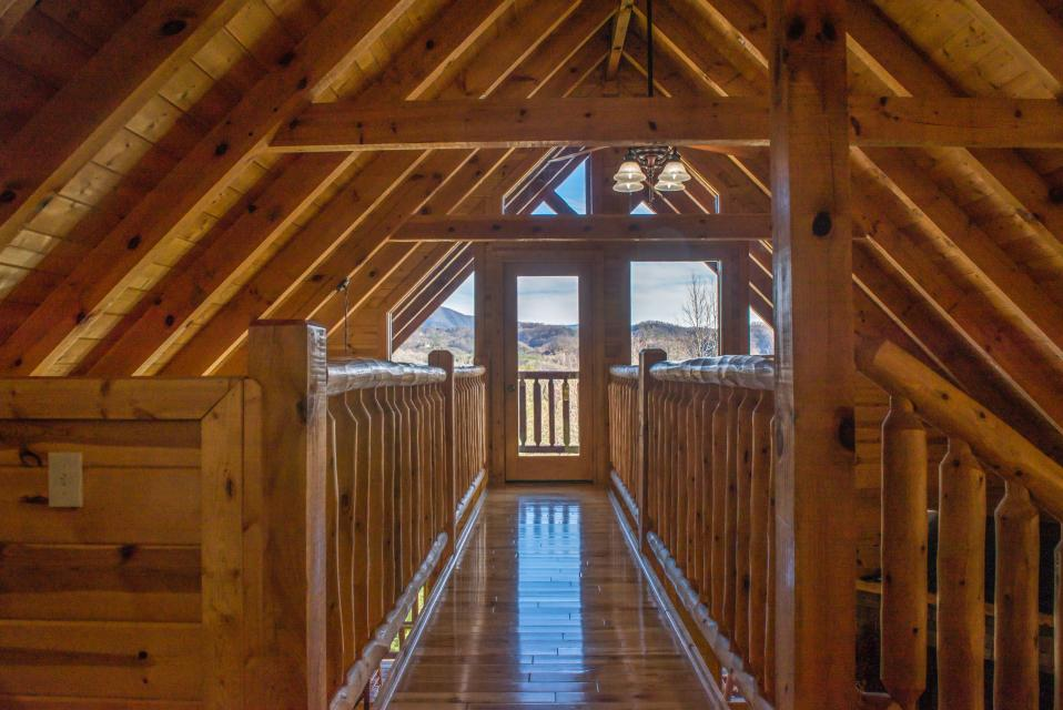 Touch of Elegance  - Sevierville Vacation Rental - Photo 24