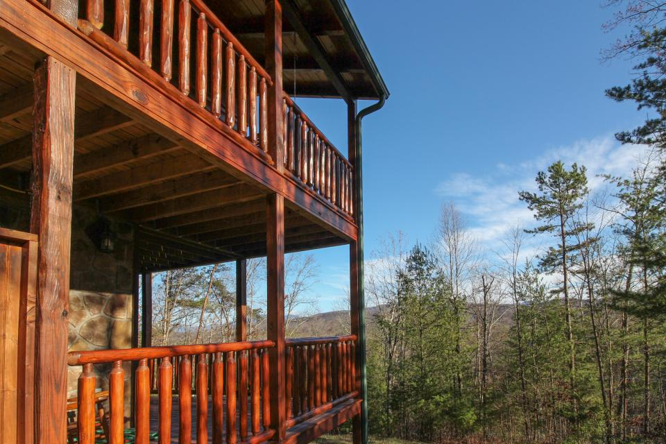 Touch of Elegance  - Sevierville Vacation Rental - Photo 30