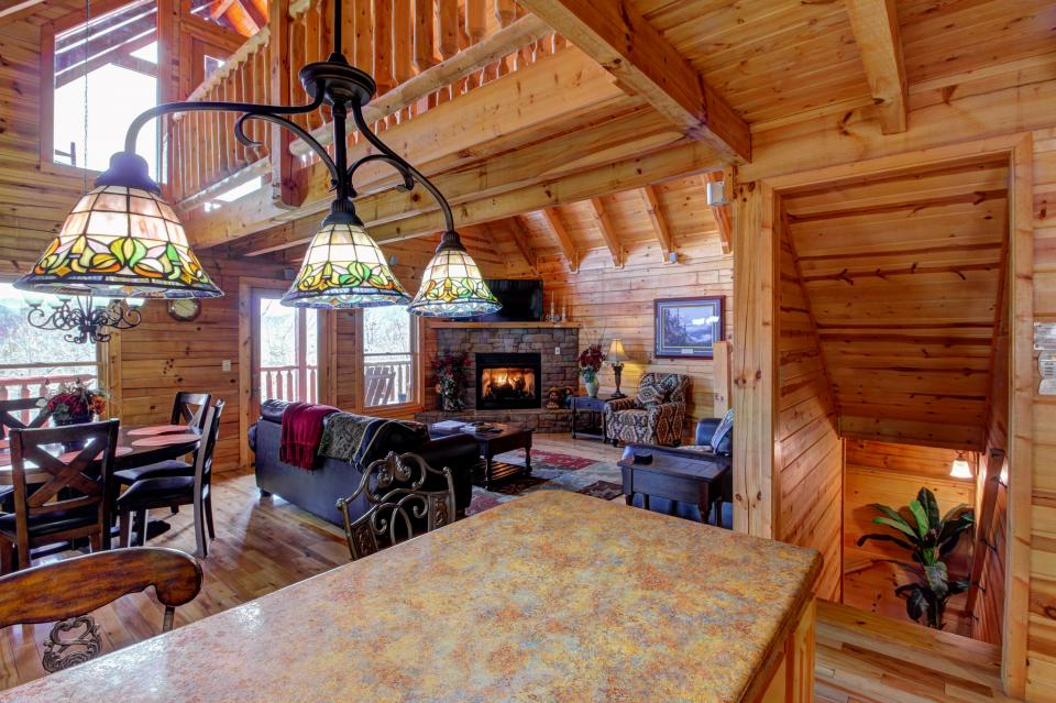 Touch of Elegance  - Sevierville Vacation Rental - Photo 39