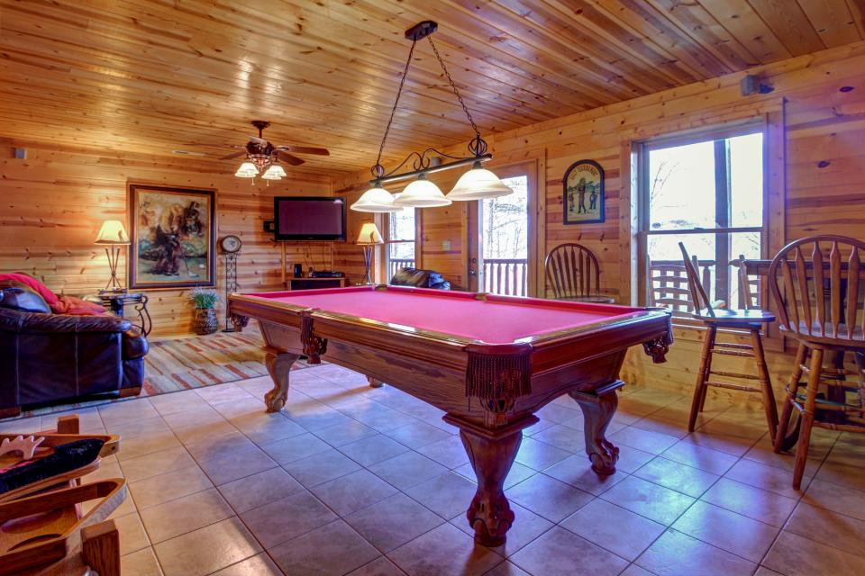 Touch of Elegance  - Sevierville Vacation Rental - Photo 42