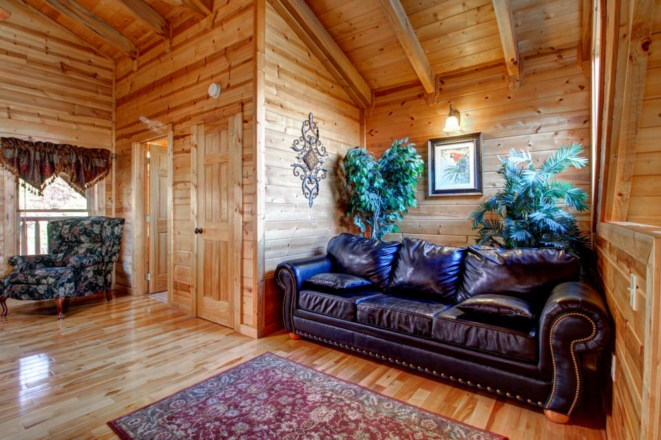 Touch of Elegance  - Sevierville Vacation Rental - Photo 47