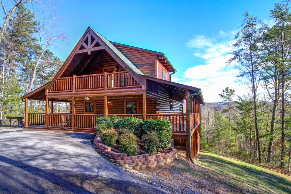 Touch of Elegance  - Sevierville Vacation Rental - Photo 1