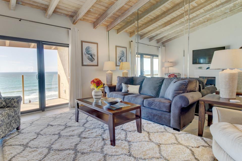 Ocean Break Panorama  - San Diego - Take a Virtual Tour