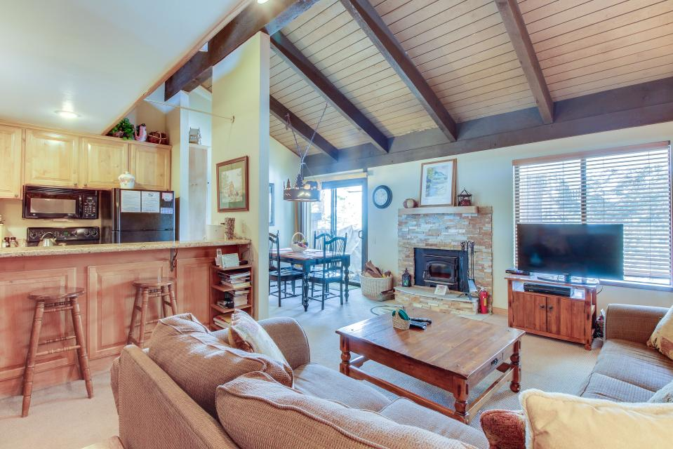 Discovery 4 106 - Mammoth Lakes Vacation Rental - Photo 6