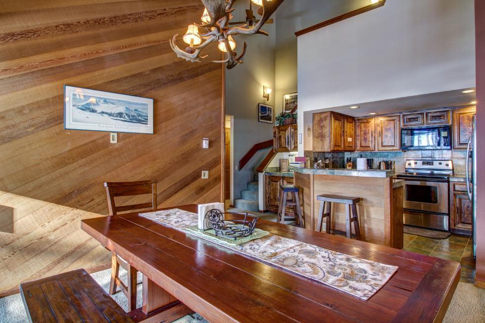 Sierra Megeve 6 - Mammoth Lakes Vacation Rental - Photo 6