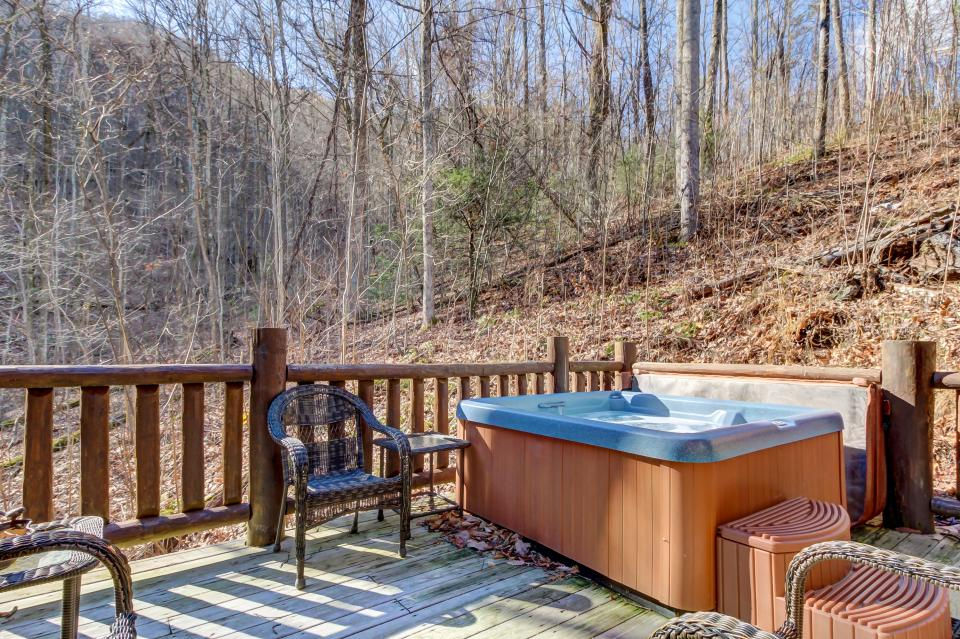 Foxfire Cove  - Sevierville Vacation Rental - Photo 37