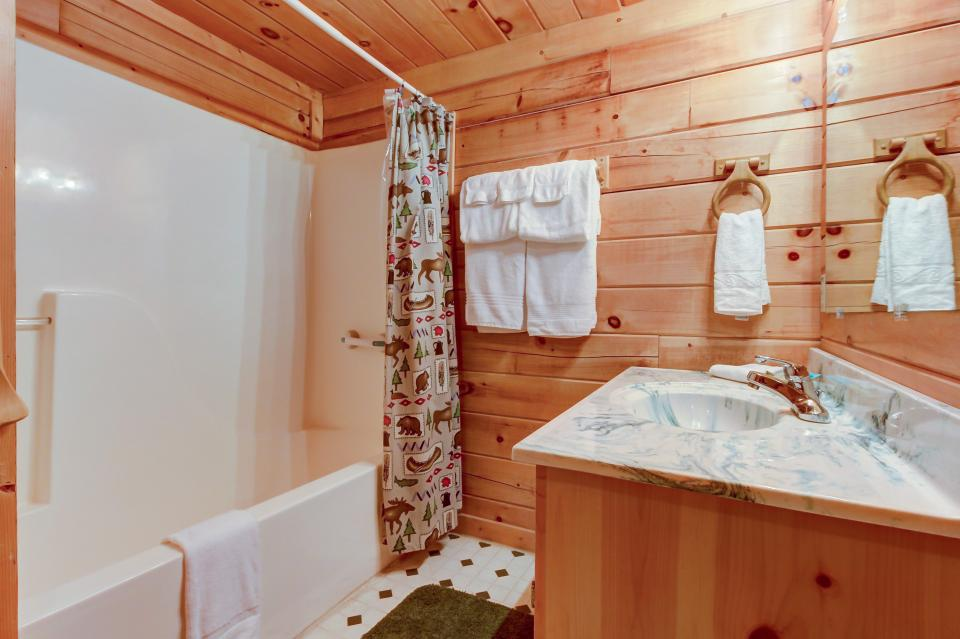 A Point of View Cabin - Sevierville Vacation Rental - Photo 10