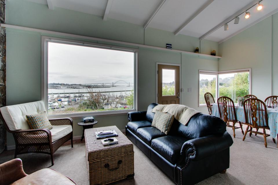 Torched Wood by the Bay - Newport - Take a Virtual Tour