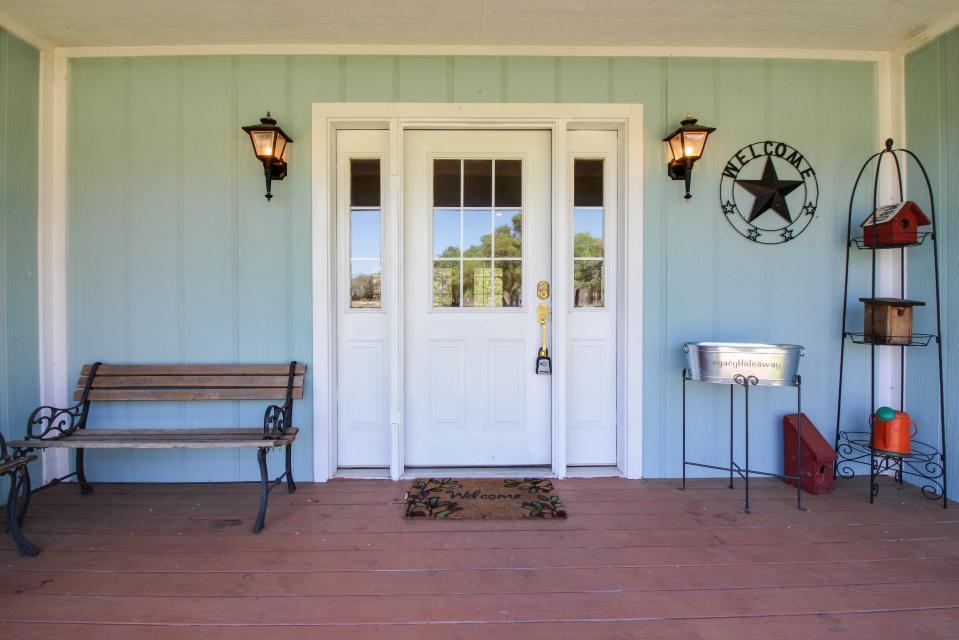 Legacy Hideaway - Harper Vacation Rental - Photo 27