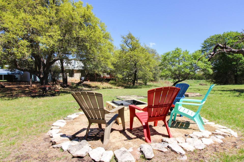Legacy Hideaway - Harper Vacation Rental - Photo 29