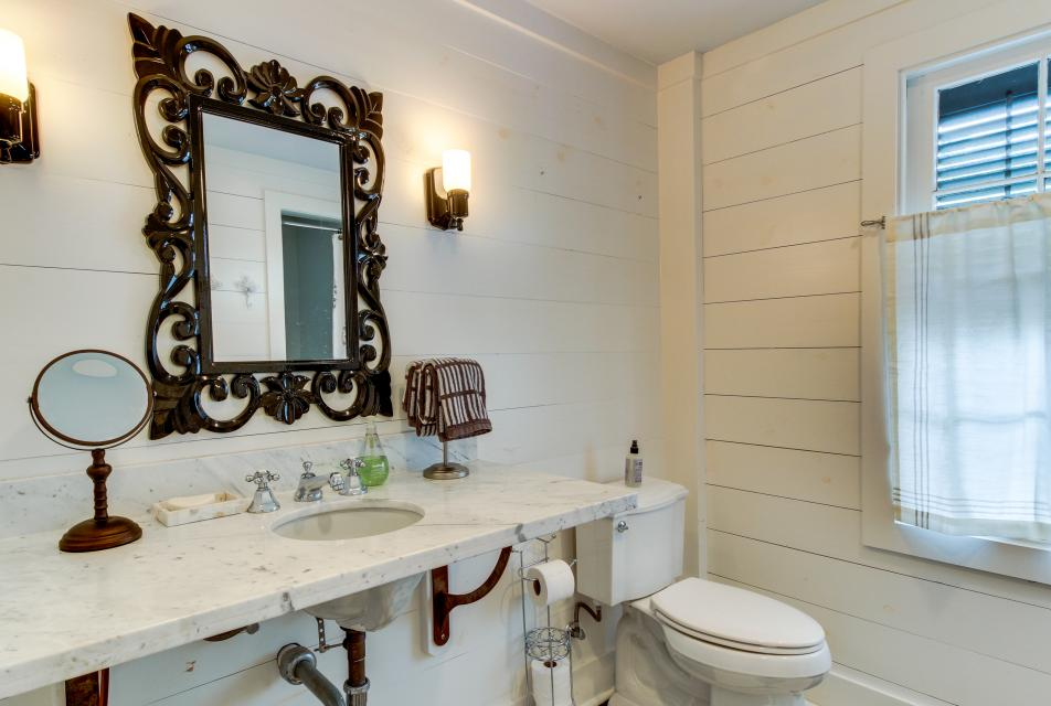 1883 Levy - Bowden Carriage House  - Galveston Vacation Rental - Photo 20