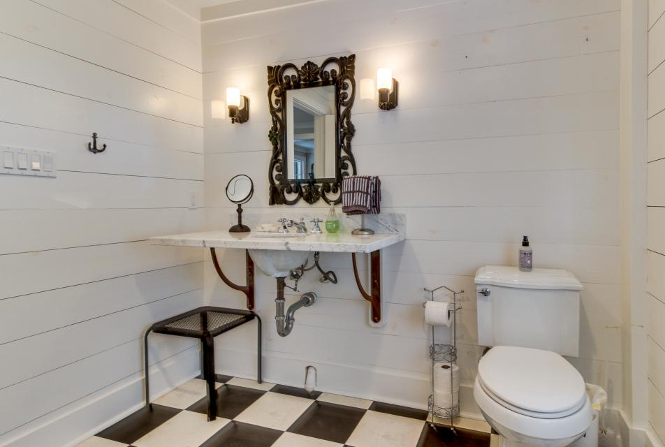 1883 Levy - Bowden Carriage House  - Galveston Vacation Rental - Photo 21