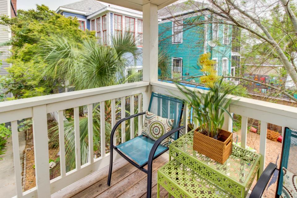 1883 Levy - Bowden Carriage House  - Galveston Vacation Rental - Photo 5