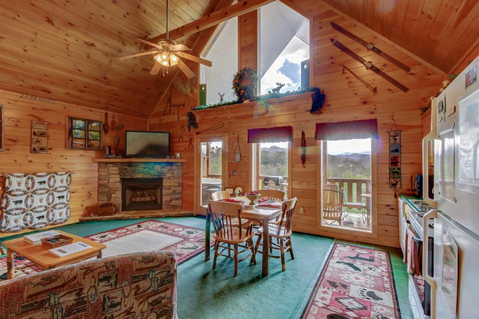 Awesome View Cabin - Sevierville Vacation Rental - Photo 6