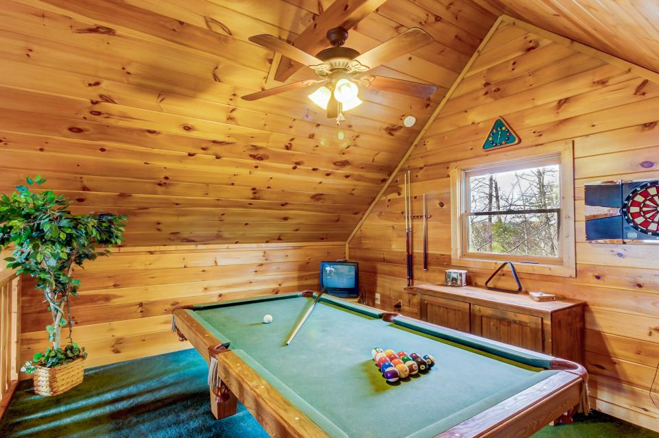 Awesome View Cabin - Sevierville Vacation Rental - Photo 2