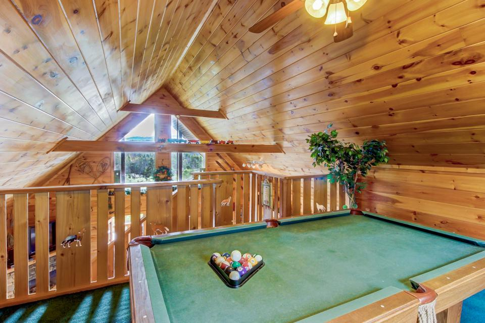 Awesome View Cabin - Sevierville Vacation Rental - Photo 31