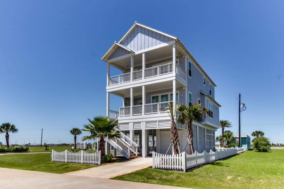 Seaside Haven - Galveston Vacation Rental - Photo 3