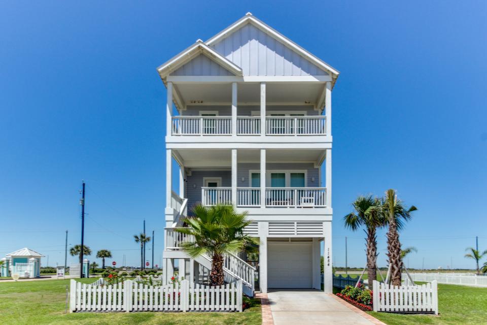 Seaside Haven - Galveston Vacation Rental - Photo 25