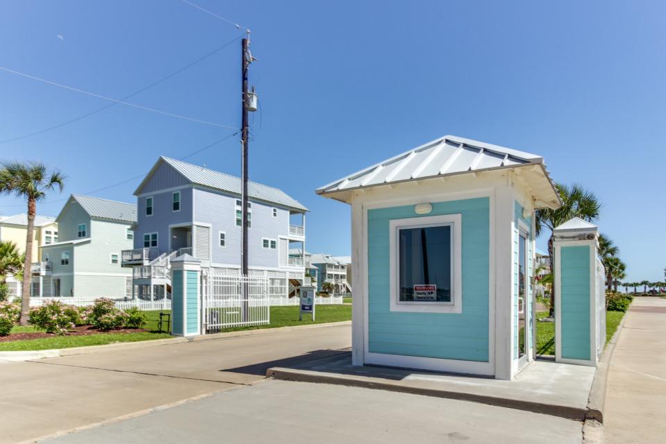 Seaside Haven - Galveston Vacation Rental - Photo 26
