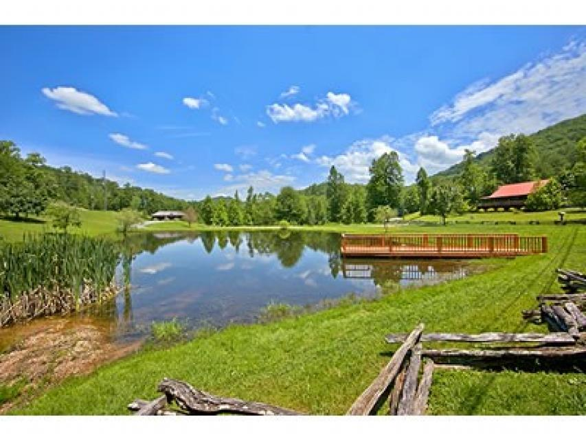 Red Wolf Lodge - Sevierville Vacation Rental - Photo 47