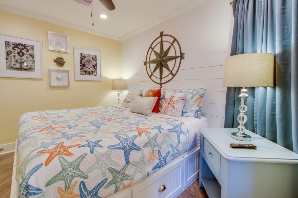 Makin Time - Galveston Vacation Rental - Photo 8