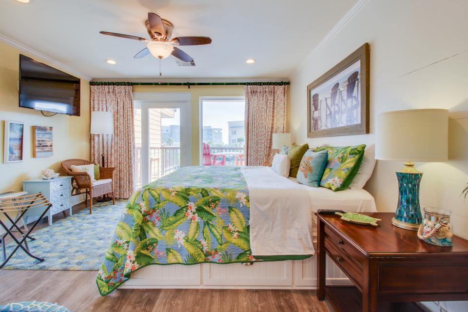 Makin Time - Galveston Vacation Rental - Photo 12