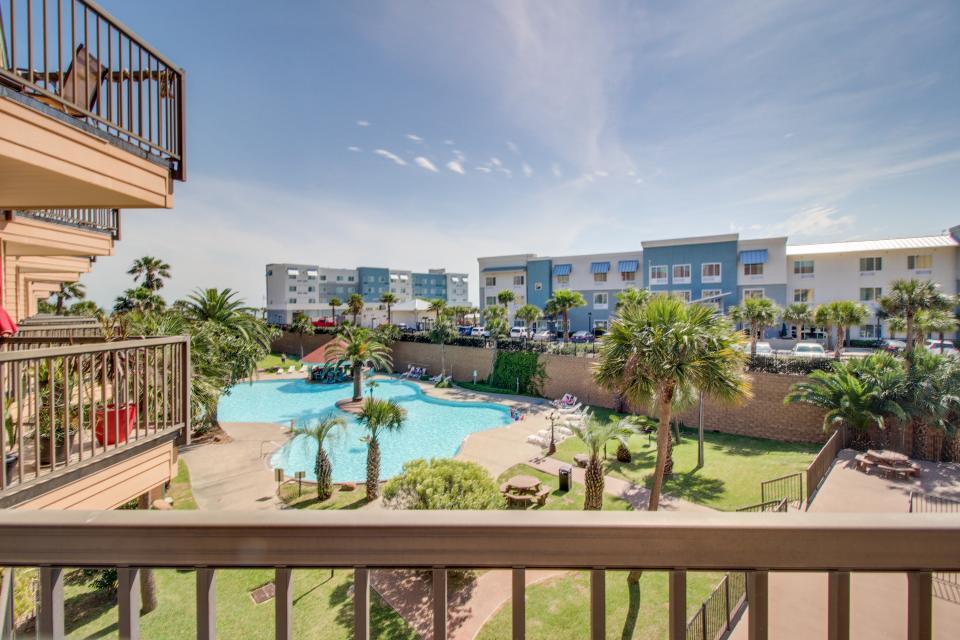 Makin Time - Galveston Vacation Rental - Photo 3