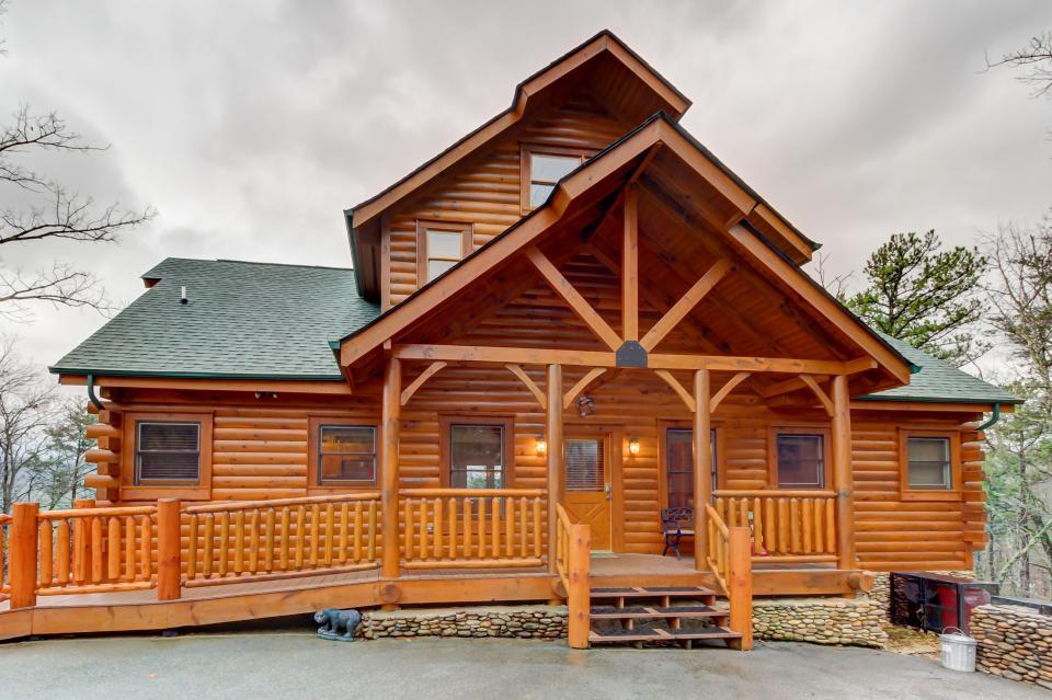 Mountain Escape  - Sevierville Vacation Rental - Photo 1
