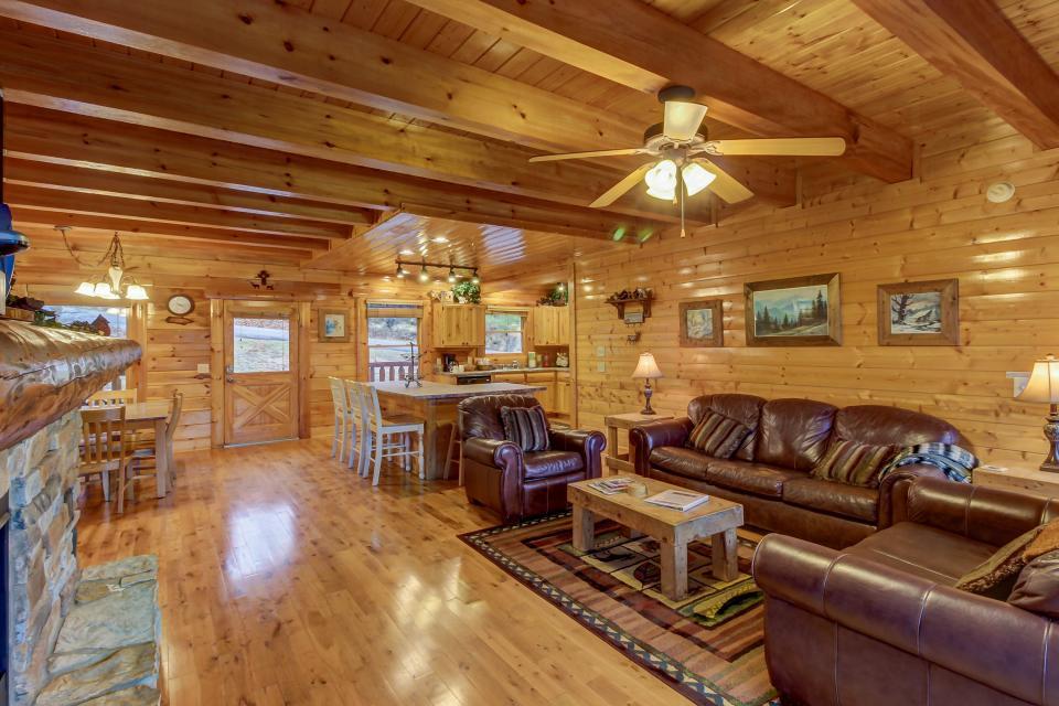 Mountain Escape  - Sevierville Vacation Rental - Photo 8