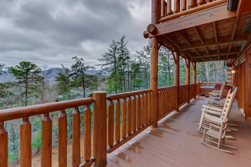 Mountain Escape  - Sevierville Vacation Rental - Photo 13