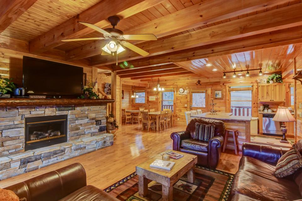 Mountain Escape  - Sevierville Vacation Rental - Photo 9