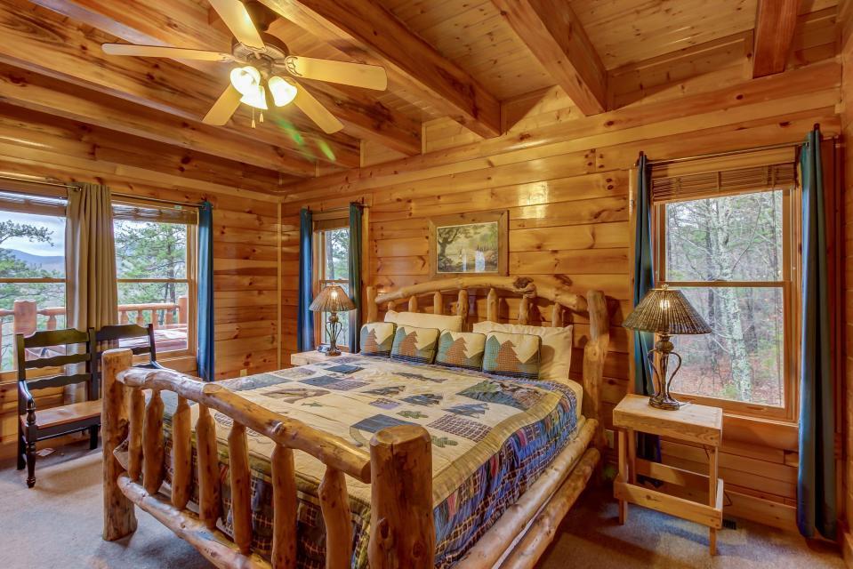 Mountain Escape  - Sevierville Vacation Rental - Photo 22
