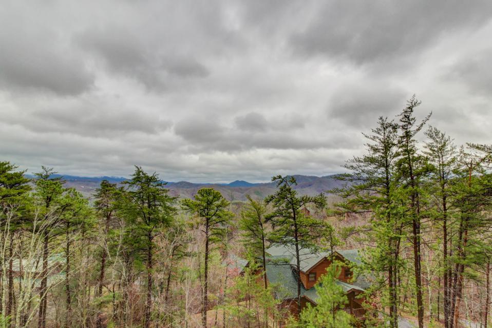 Mountain Escape  - Sevierville Vacation Rental - Photo 2