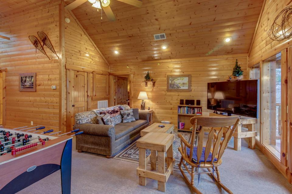 Mountain Escape  - Sevierville Vacation Rental - Photo 28