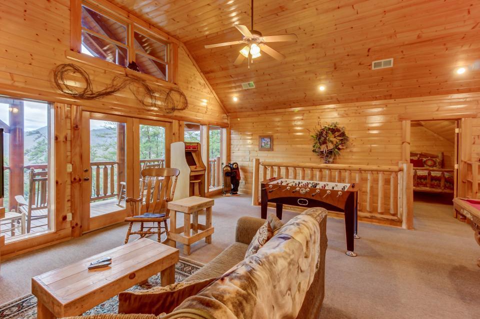 Mountain Escape  - Sevierville Vacation Rental - Photo 27