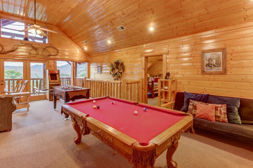 Mountain Escape  - Sevierville Vacation Rental - Photo 3